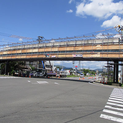 陣場歩道橋